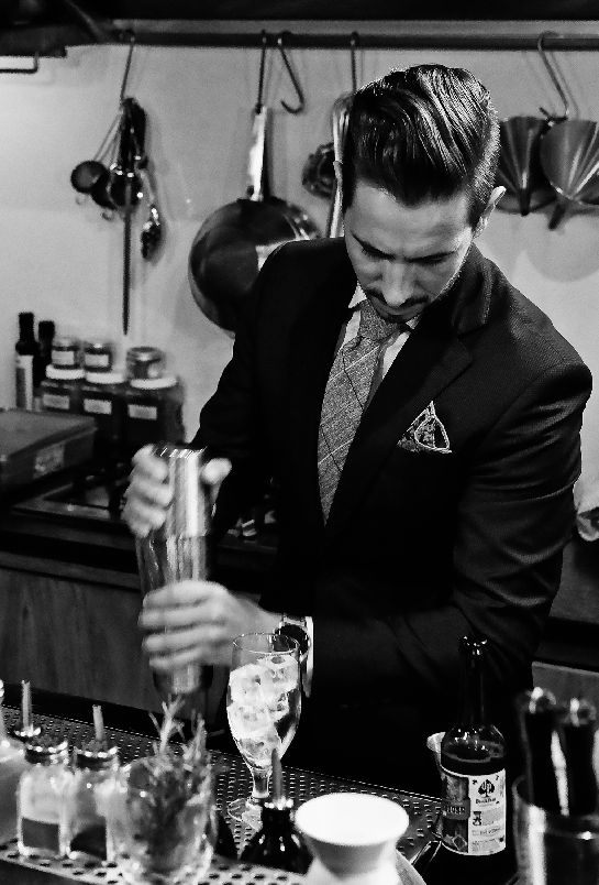 Drinks, Cocktails, Cocktail Bar, Mens Fashion, Mens Style, Blue Suite,