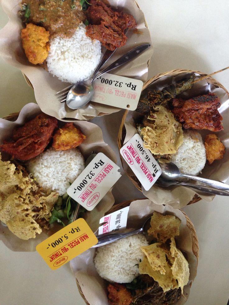 Nasi pecel ibu tinuk.. Good food, good price..  Tuban › Jl. Raya Tuban, Tuban, Bali