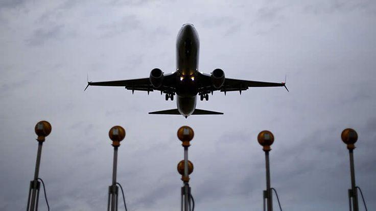 Italia. Un piloto,  de nacionalidad italiana,  amenazó la seguridad de más de 200 pasajeros que estaban a bordo de un avión con destino a Tokio,  luego de enterarse que su esposa quería el