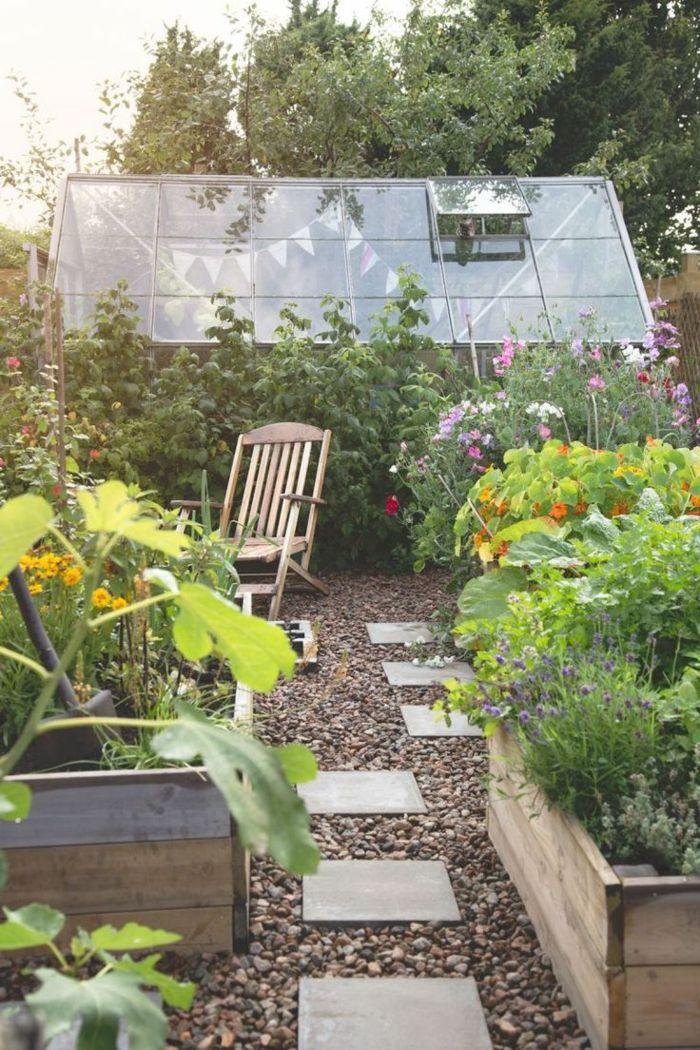 111 Gartenwege Gestalten Beispiele 7 Tolle Materialien Fur Den Boden Im Garten Gartenweg Gestalten Gartenfliesen Und Gartenweg