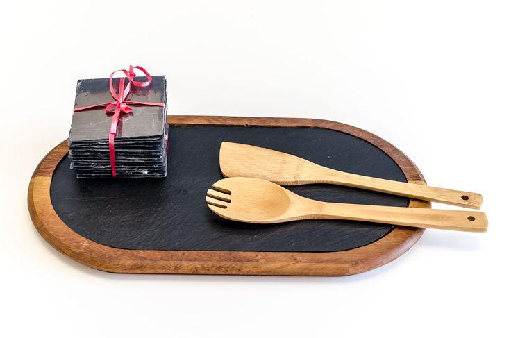 Un #regalo #original: Una #tabla de madera de Haya para #plato de #pizarra de 40x22. La encontrará en #exclusiva en nuestra web de venta de #platos de #pizarra #online www.platosypizarras.com