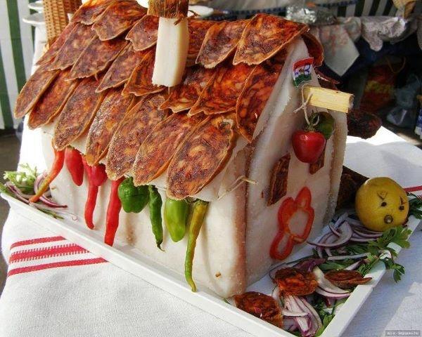 Szalonna házikó - bacon house