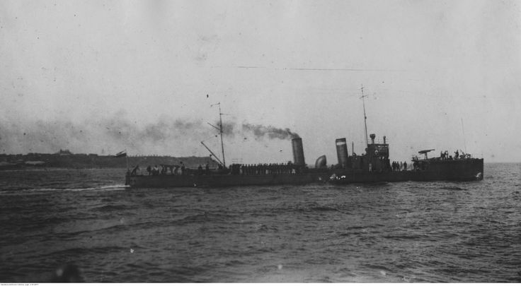 ORP Mazur leaving port of Gdynia, Poland enroute to Sweden. Photograph taken in 1925.