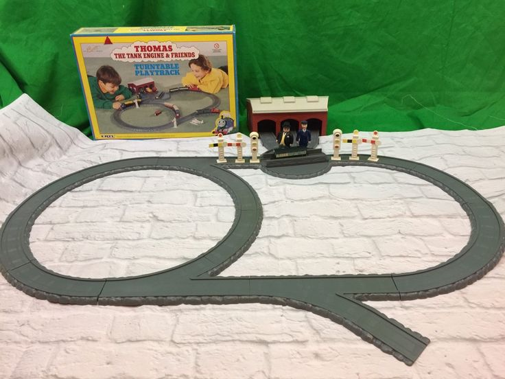 Vintage ERTL Thomas The Train &freinds Turntable Playtrack Set  in Toys & Hobbies, TV, Movie & Character Toys, Thomas the Tank Engine, Games, Toys & Train Sets, Trains & Vehicles | eBay
