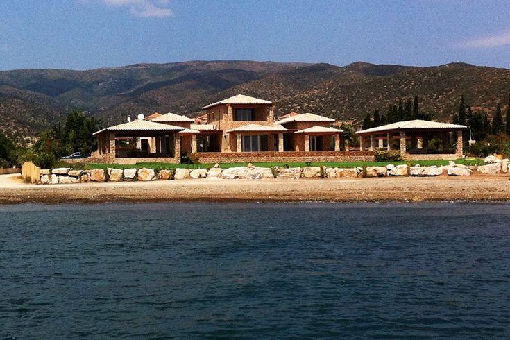 Διώροφη εξοχική κατοικία στην Ερμιόνη | vasdekis