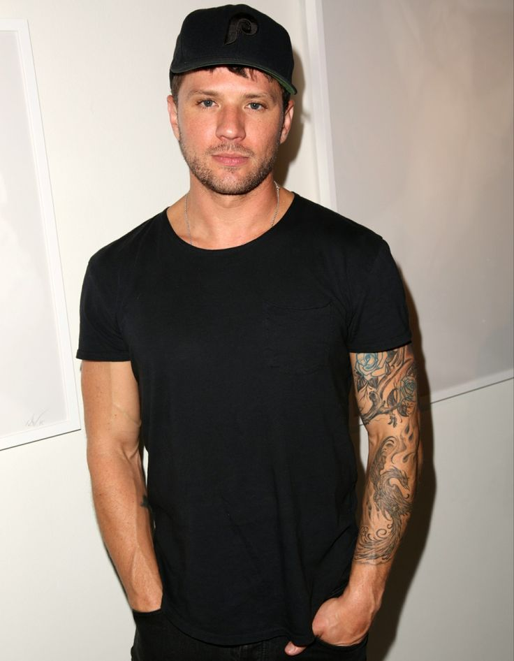 Ryan Phillippe isn't suing his ex-girlfriend Elsie Hewitt for defamation after all, huh