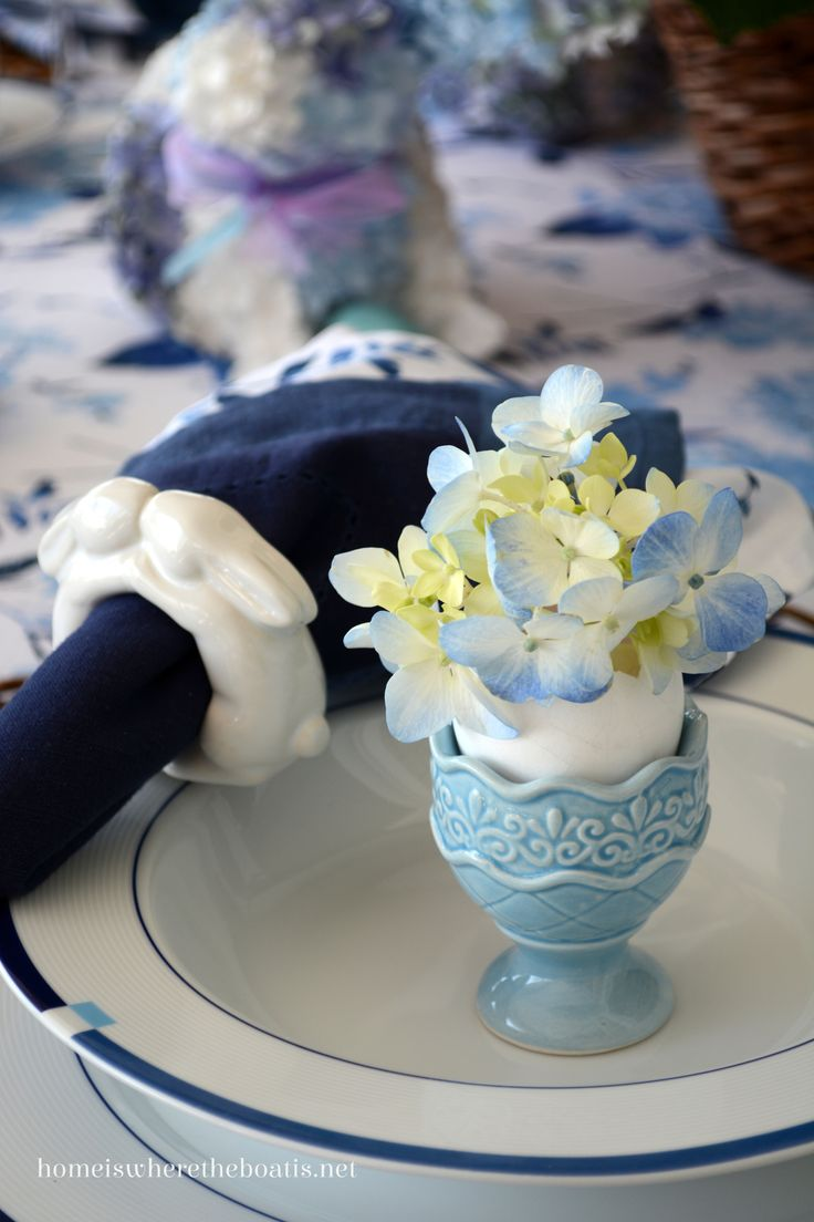 56 best My egg has a cup images on Pinterest | Vintage egg cups ...