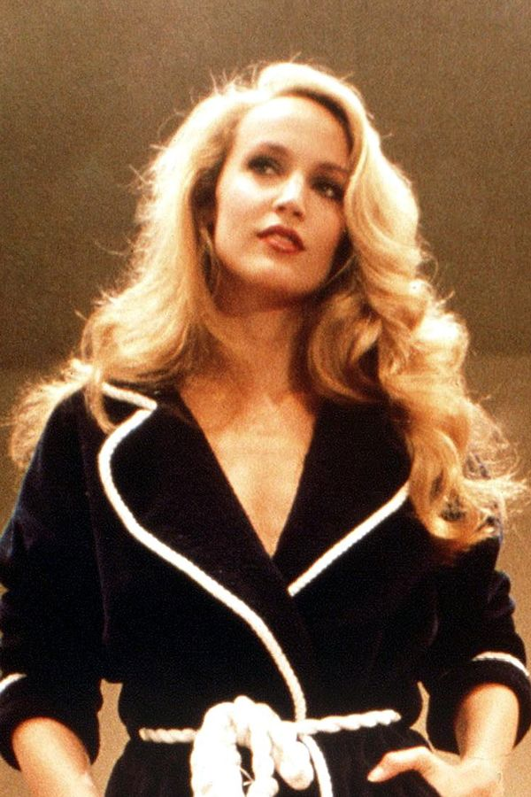 """American Hustle Hair: A Glam Guide to '70s Hairstyles #refinery29  http://www.refinery29.com/70s-hairstyles#slide5  Jerry Hall The Texan supermodel had a legendary mane powerful enough to ensnare a few rock stars and tons of magazine covers. """"She was famous for never cutting layers into her hair,"""" says Josh. Yep, folks, that shape is all regular end trims, no advanced techniques necessary. Let us feast upon its magnificent glow."""