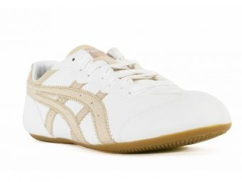 Unisex παπούτσια ASICS σε λευκή απόχρωση