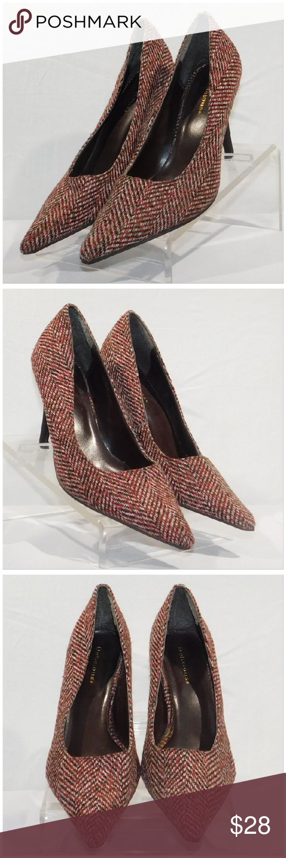 Offers of 40% Less on BUNDLES Always Accepted! DELICIOUS, Point Toe Pumps, size 8, slightly more on the narrow side than the medium width side, stiletto-type heel, herringbone/houndstooth woven pattern, man-made material. ADD to a BUNDLE! Offers of 40% Less on BUNDLES Always Accepted! Delicious Shoes Heels