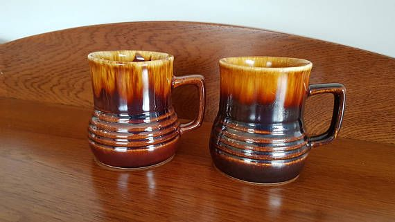 Check out this item in my Etsy shop https://www.etsy.com/nz/listing/544880621/new-zealand-crown-lynn-titian-cups-2x