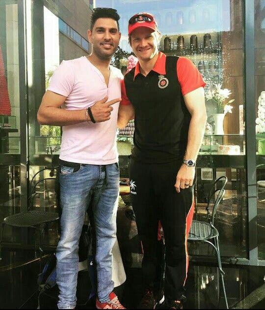 Shane watson with ex team member  yuvraj singh