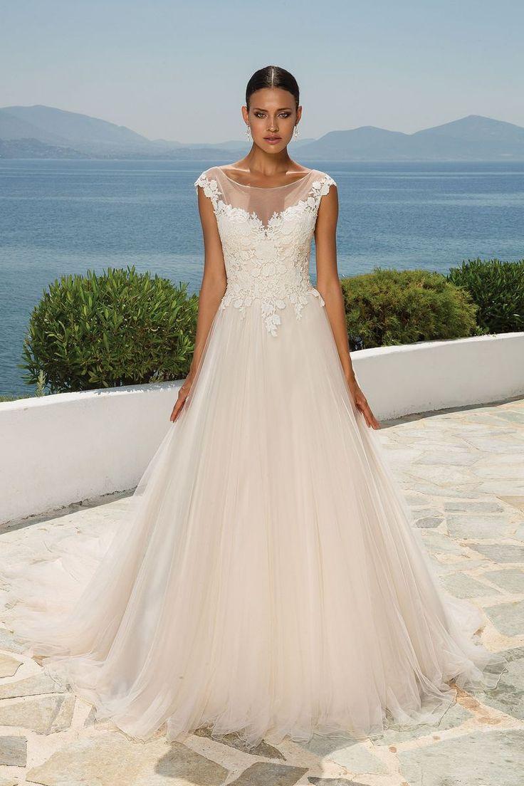 57 best Curvy Bridal images on Pinterest   Wedding dress, Ball ...