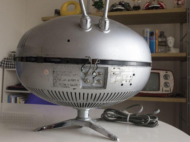 希少☆ナショナル Panasonic トランジスターTV TR-005 (TR-603A)スペースエイジ ミッドセンチュリー ブラウン管 デザイン家具_画像9