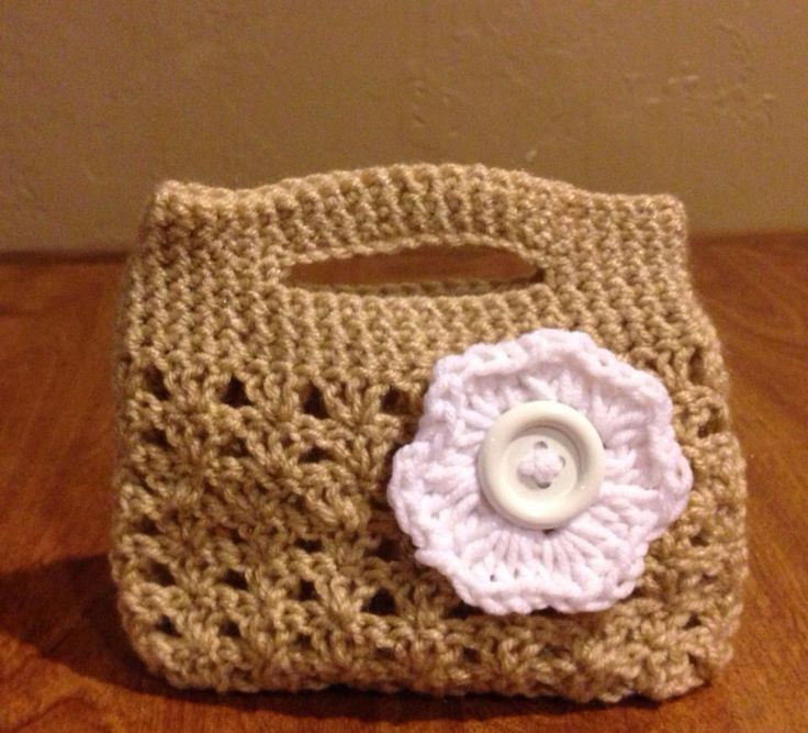 'Little something' purse from Maddie and Me Crochet  www.facebook.com/maddieandmecrochet