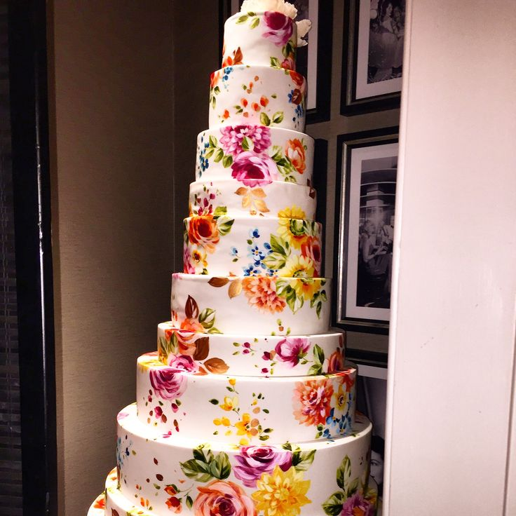 floral wedding cake, London wedding