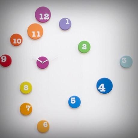 Un'esplosione di colore sulla tua parete! Puoi reinventare il tuo ambiente disponendo i dischi che compongono l'orologio come vuoi tu, dando libero sfogo alla fantasia. Design di rnd_lab. Da oggi è su http://lovli.it/index.php/fun-time.html#: Ambiente Disponendo, Sulla Tua, Di Rnd Lab, Dischi Che, Dando Libero, Your, Scandire Il, Colore Sulla