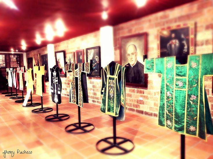https://flic.kr/p/uM2JVM   Museo Señor de los Milagros