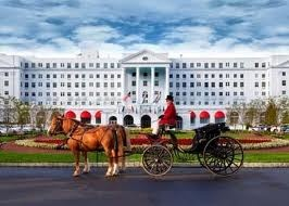 The Greenbrier Resort in WVWhite Sulphur, Sulphur Spring, Favorite Places, The Greenbrier, West Virginia, Greenbrier Resorts, Greenbrier Hotels, Wonder West,  Horse-Cart