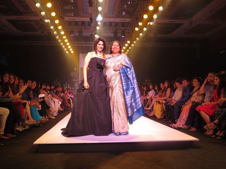 A classic moment when Ms.Nirupa Bhatt walked the ramp with Varuna D Jani at IIJW2015