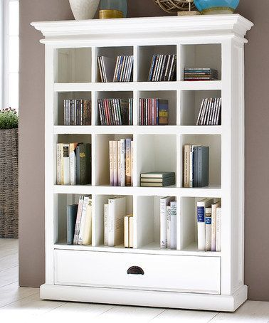 i would love this in oak.. but I know it will end up filled with baby books and toys :) but thats okay by me!