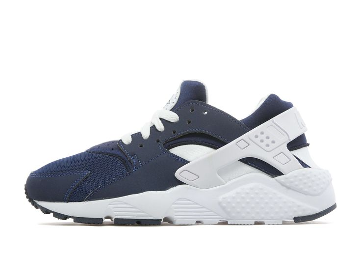 Nike Air Huarache Junior - find out more on our site. Find the freshest in trainers and clothing online now.