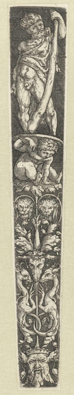Meester van de Paardenhoofden | Ontwerp voor dolkschede met Hercules, Meester van de Paardenhoofden, 1500 - 1599 | Hercules met knots staand op schild gedragen door jongen. Ornamentatie met fantasiewezens.