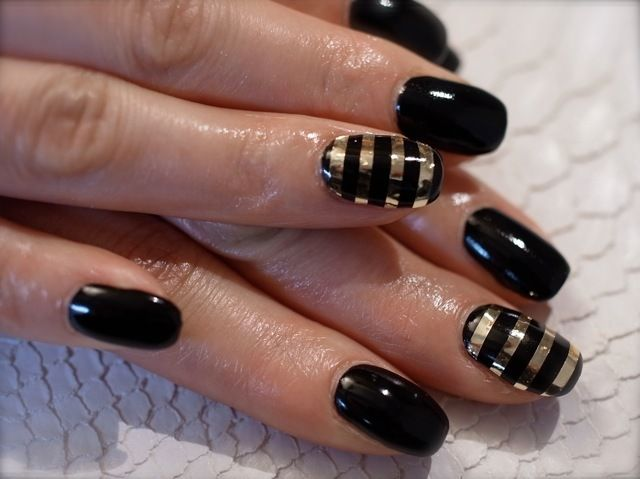 maybe I'll add these stripes to the black nails I have now :) @Cyndi Haynes Green
