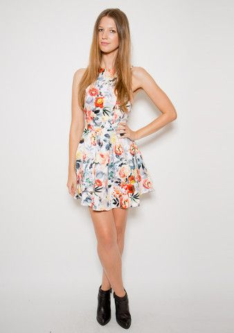 Take Me 2 Paris Dress - beautiful floral pattern dress perfect for weddings, picnics or catch-up with friends! www.urbanique.net