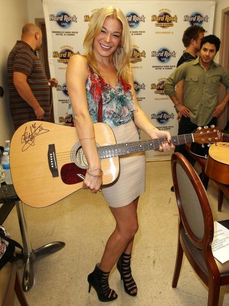 LeAnn Rimes performs in Florida: Celebrity, Florida Celebrities, Rimes Performs, Art Leann, Thanksleann Rimes, Awesome Pin, Pins Today, Favorite