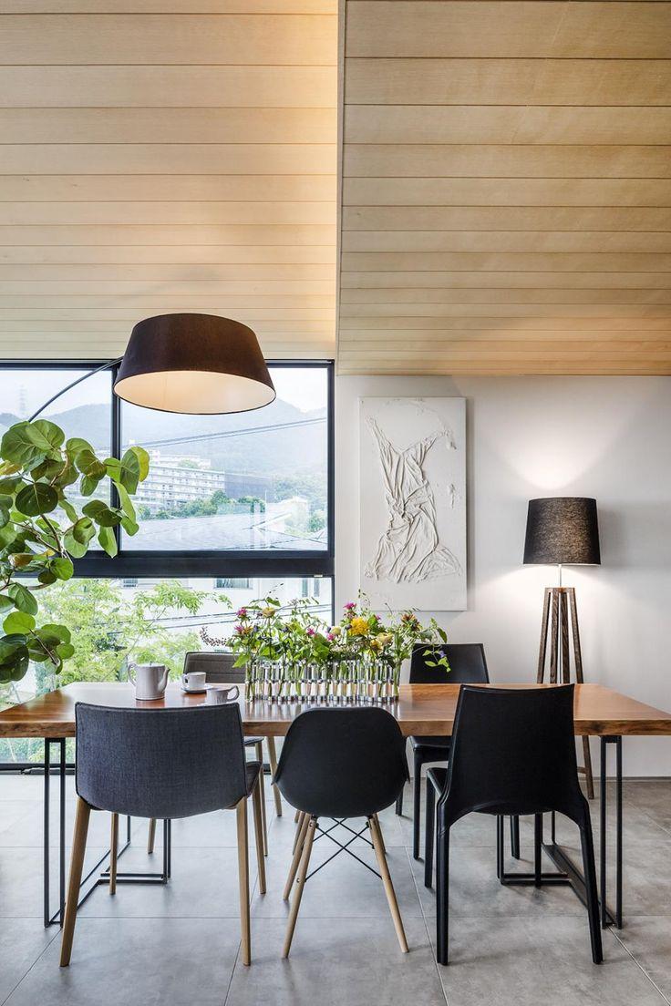 Inspiring Minimalist Modern Home by Mokkotsu
