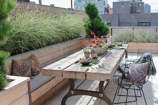 Macetas y bancas - Rooftop Terrace In Brooklyn