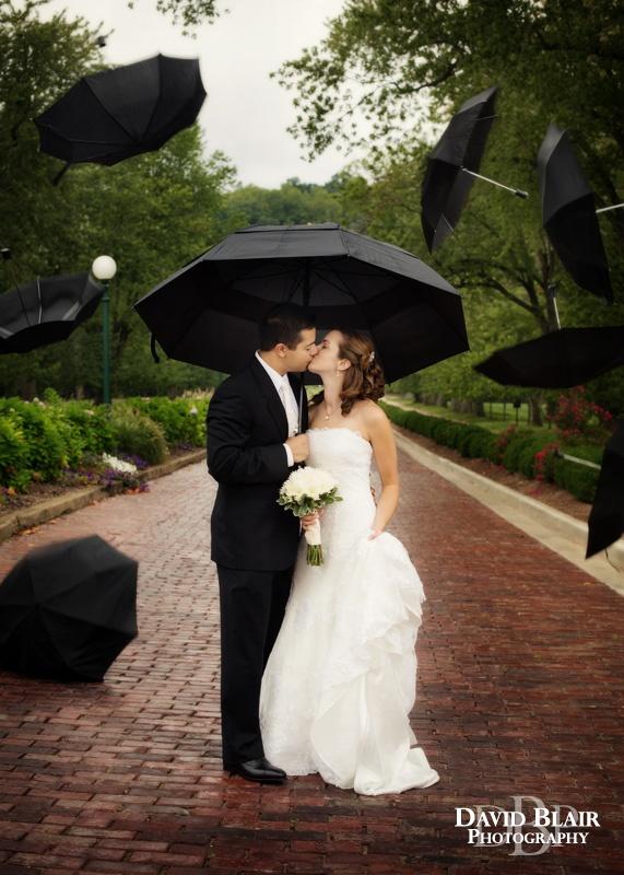 Rainy Wedding Day! Photo by Louisville Wedding Photographer David Blair.