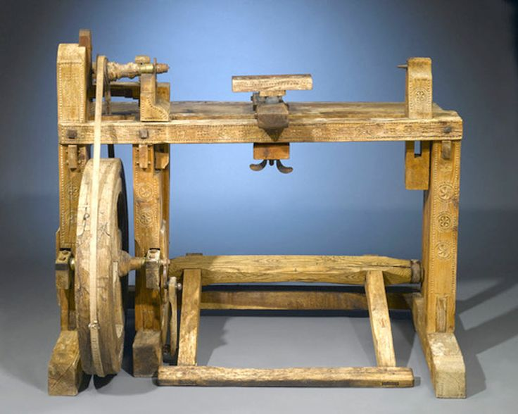 25 best images about 18th Century woodworking on Pinterest | Queen anne, Auction and Hand tools