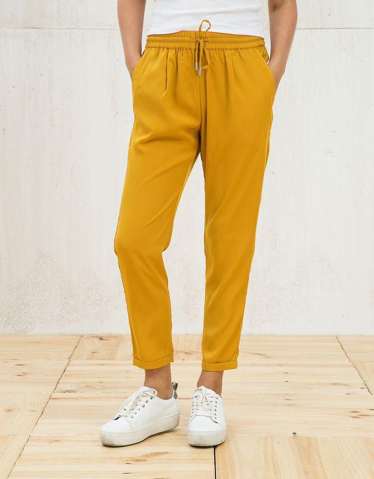 Pantalón baggy con cordón - Pantalones - Bershka España