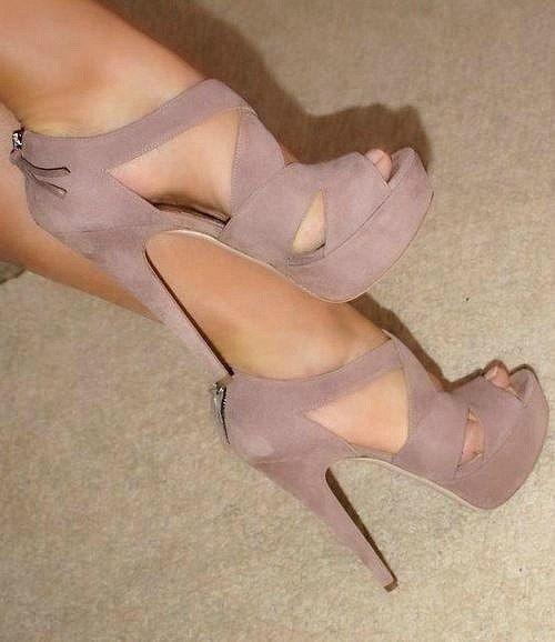 Nude/Beige Heels