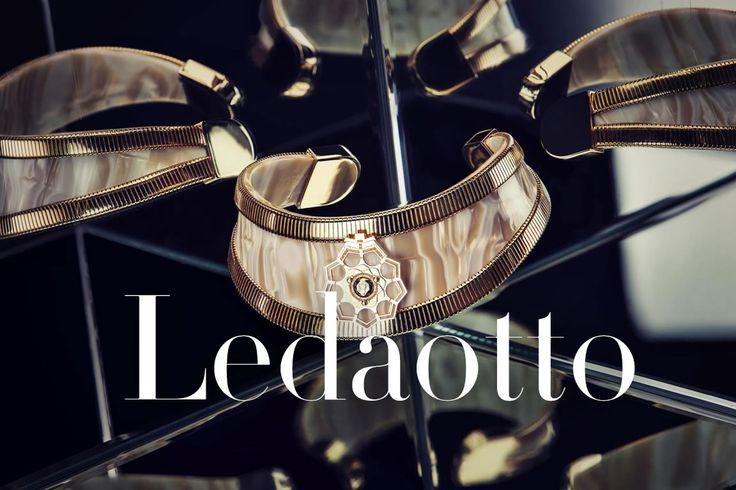 Simona e Marta sono l'anima di LedaOtto: brand di gioielli straordinari, creati da un mix eccezionale di arte e architettura. READ http://bit.ly/1om1EWz