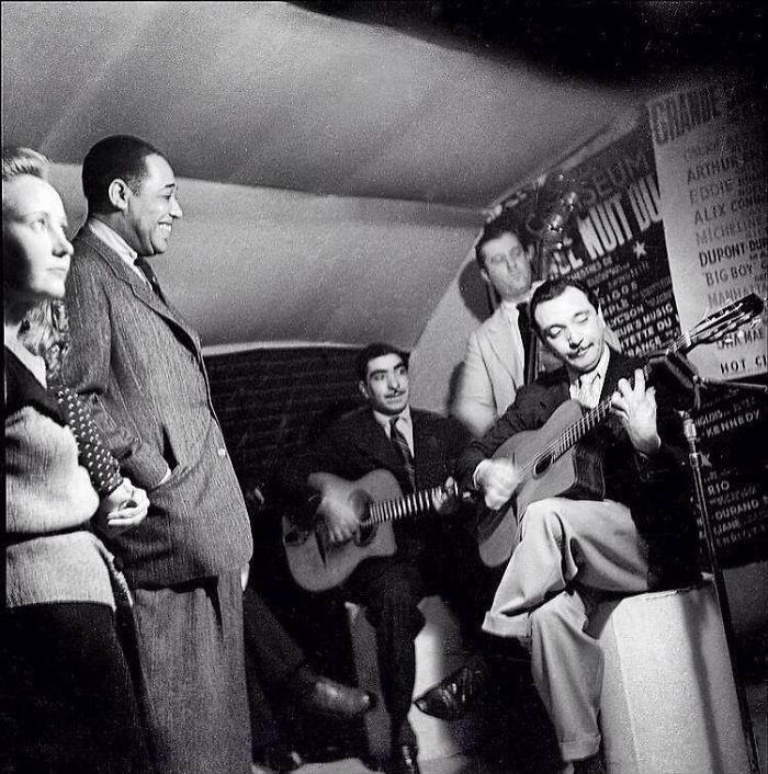 Django Reinhardt Plays For Duke Ellington .