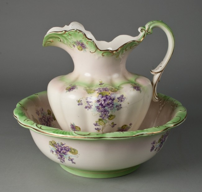 1000 images about pitcher bowls stands on pinterest pottery antiques and victorian. Black Bedroom Furniture Sets. Home Design Ideas