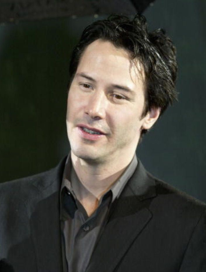 """keanuital: """"Keanu Reeves attends the opening of the film Matrix Revolutions on November 5 2003 in Tokyo - Japan """""""