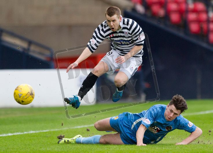 Queen's Park's Jamie McKernon escapes a tackle during the SPFL League Two game between Queen's Park and Berwick Rangers.
