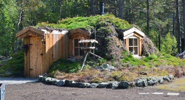 Norwegian Earth Sheltered Hut