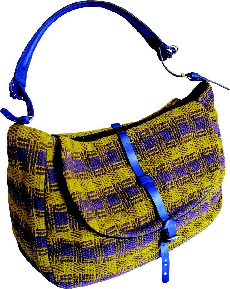 Tombola bag in handwoven fabric cavallo violet. 100% cotton. leather handle and details