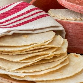 Homemade Tortillas [I'm Bored Let's Go]