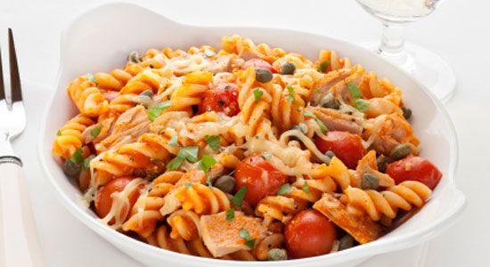 Healthy Fish & Seafood Recipes: Tuna and Tomato Pasta Salad. #HealthyRecipes #DietRecipes #WeightlossRecipes weightloss.com.au