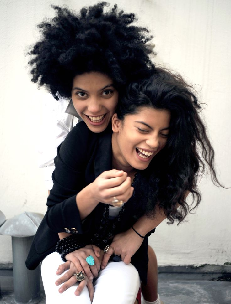 Naomi and Lisa-Kainde Diaz of Ibeyi