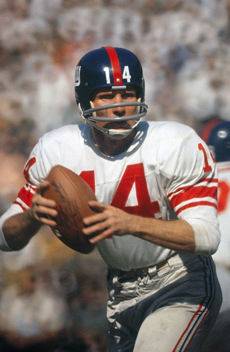 Y. A. Tittle NY Giants at Washington October 1, 1961. Inducted 1971