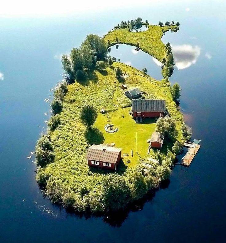 Finland er kendt som De 1000 søers land, men der er altså også mange øer ;)