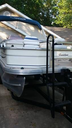 Pontoon Boat Suntracker Fishing Barge 210 del 2007