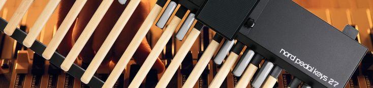 Nord Pedal Keys 27 MIDI pedal board dengan 27 tut. Menambah sebuah dimensi baru untuk gaya bermain anda dengan Nord Pedal Keys 27.   Nord Pedal Keys 27 Pedal Keys 27 merupakan sebuah pedal board MIDI yang mempunyai 27 key, dilengkapi dengan swell pedal yang dapat terintegrasi. Seluruh unit ditempatkan di dalam sebuah alumunium chassis yang kokoh yang membuatnya nampak ringan dan gagah. Nord Pedal Keys 27 di sambungkan melalui MIDI dan dapat digunakan dengan peralatan MIDI kompatibel lain.